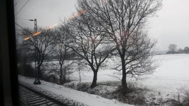 Zugfahrt Norddeutschland Schnee